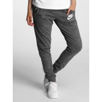 Nike Women Sweat Pant Gym Vintage in grey gray / white 60% cotton 40% polyester Drawstring outside the elastic waistband ensures a firm fit 883731060 CZZZNIE