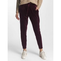 Only dark red 95% polyester 5% spandex fashionable velvet fabric in dark red makes these sweatpants an eye-catcher 15139360VINWIN TWFVCAS