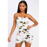 Women Makai Floral Strapless Dress Strapless floral dress featuring a cinched middle. Strapless NUVDIJF